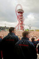 (L-R) Able Seaman Electronics TechnicianSam Maraldo and Private Matt Taxis join the Australian team as they are welcomed to Queen Elizabeth Olympic Park in London by a crowd of 26,000 people for the closing ceremony of the Invictus Games on 14 September 2014.